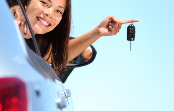 Louer une voiture en été pour des vacances sereines